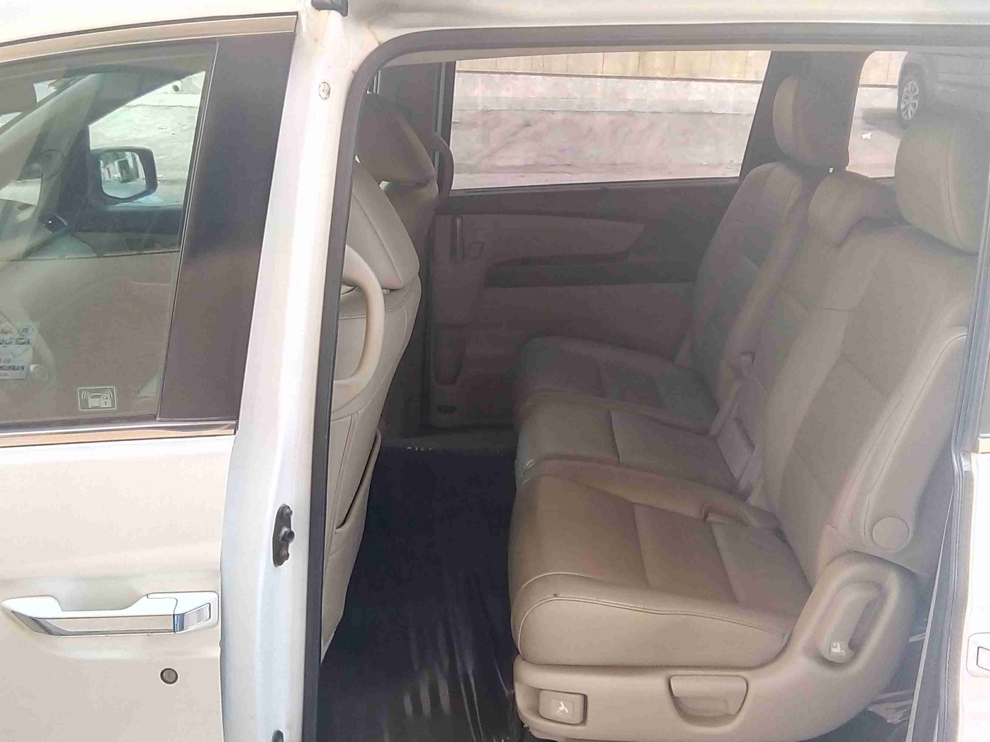I want to sell my 2015 Lexus LX 570 4WD 4dr, i am moving out of the country, the car has been used only few times, No mechanical Fault, No accident, Single Owne-  Honda Oddysey 2012 in...
