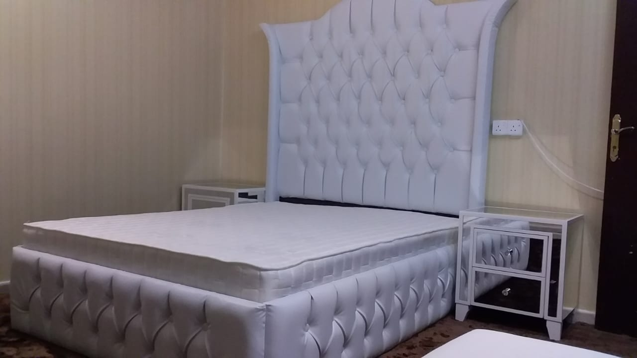 Furniture buyer in Dubai-  موسسته جورى الشوق لبيع...
