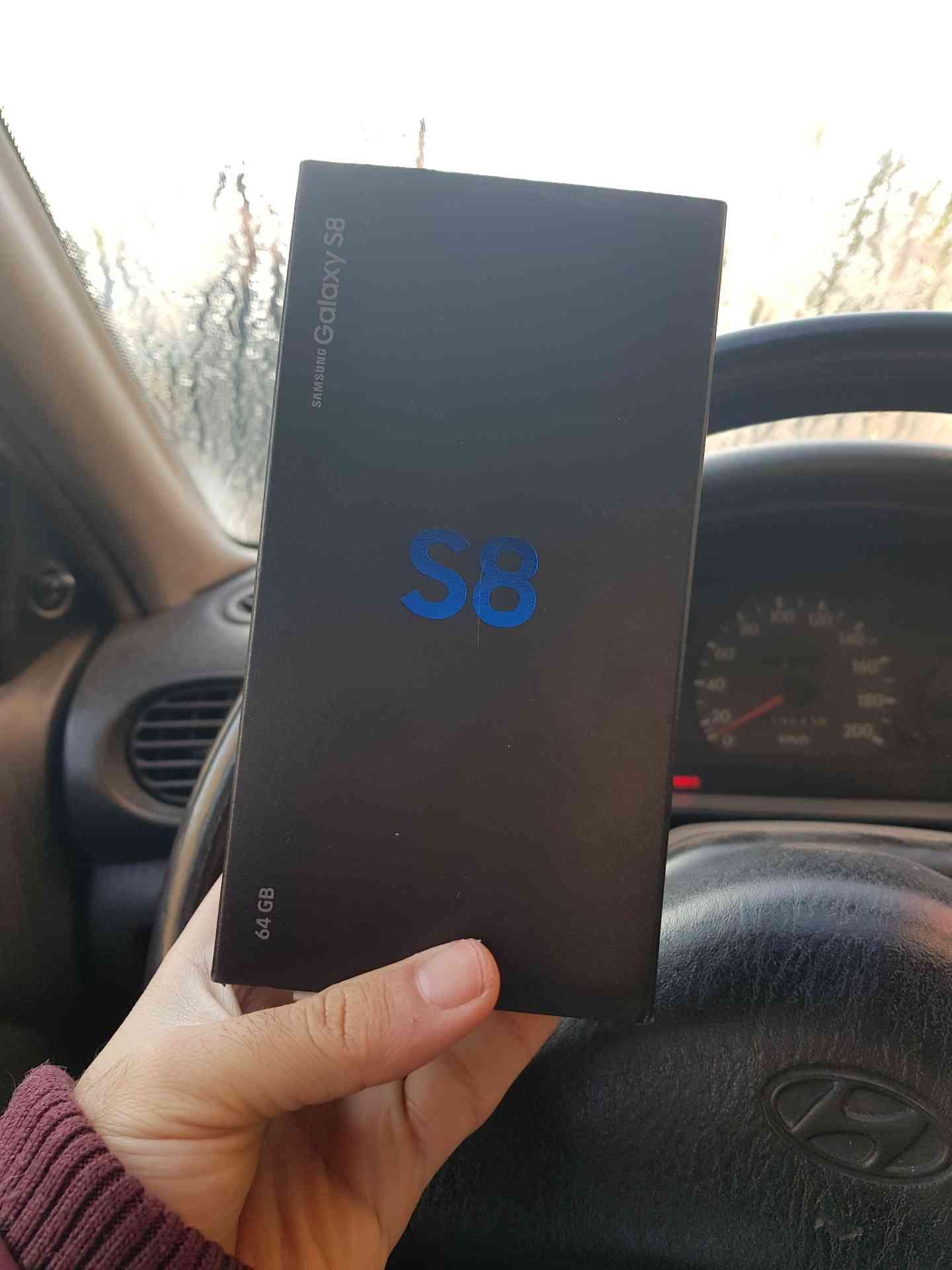 Sony Xz2 سوني xz2 مستعمل بحالة جديد-  samsung s8 64gb for sale...