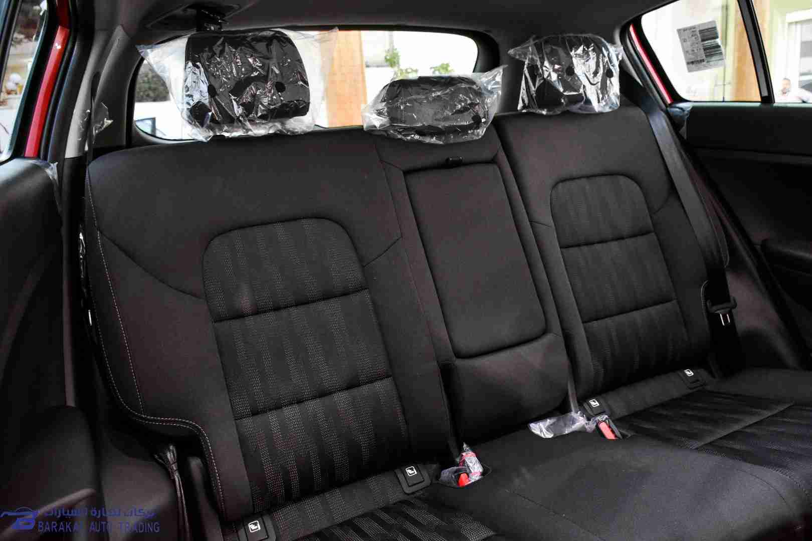 Lexus LX 5702020 model4wd SUV w/ 3rd Row & Luxury Full option Petrol . 8 CYLINDERSwhatsapp +13524406723-  2019 Kia Sportage لا تنسَ...