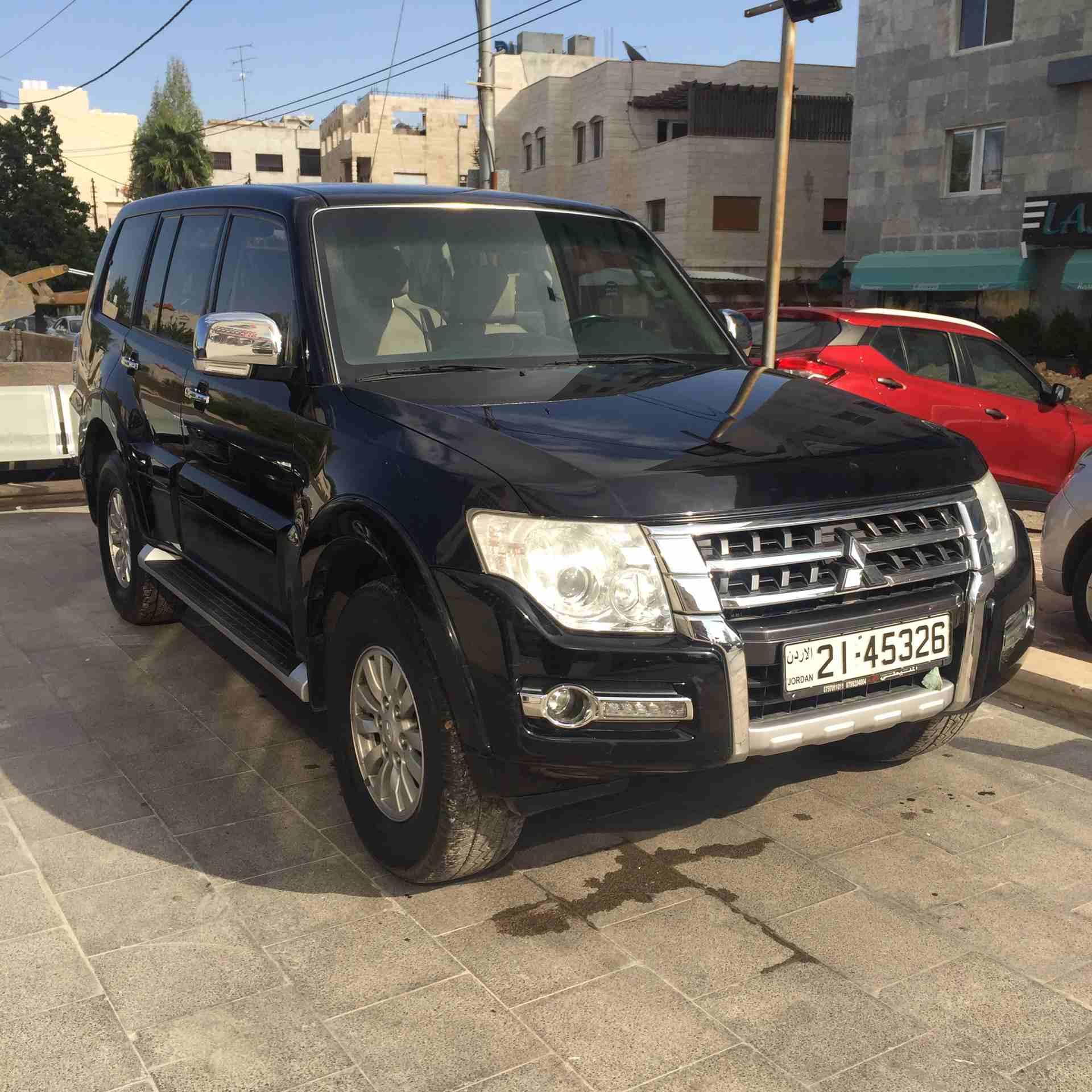 هيونداي توسان 2.4L AWD 2011 مستعملة-  باجيرو للبيع أو البدل لا...
