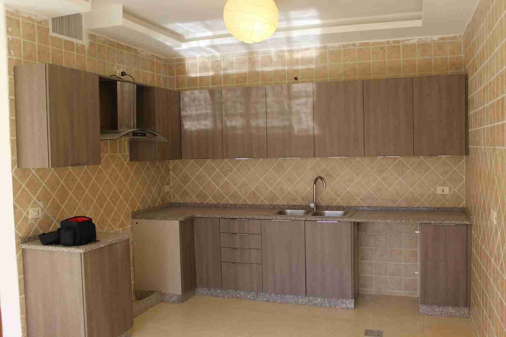 استديوهات للإيجار (أول ساكن)-  للايجار شقة فارغة سوبر...