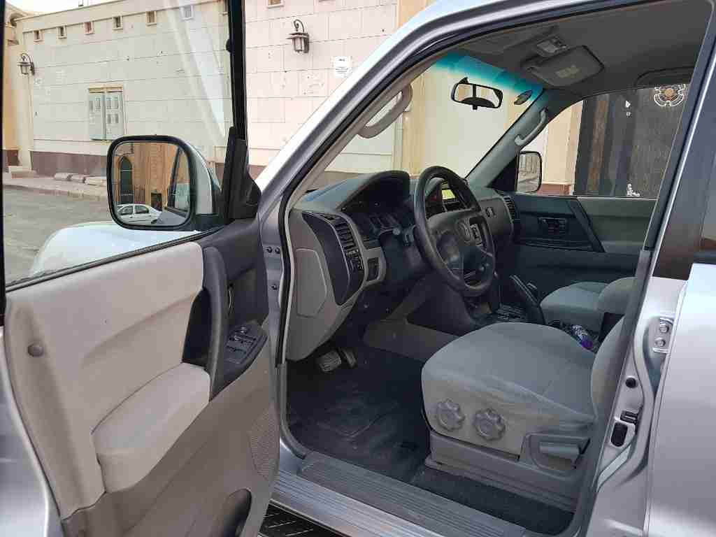 I want to sell my very neatly Used Lexus LX 570 2019 for just $30,000 USD. The car is absolutely fresh and ready to be used, nothing to worry about it is in per-  للبيع باجيرو 2005 لا تنسَ...