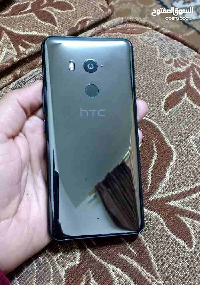 Apple Iphone 8 256GB GOLD COLOUR-  HTC u11 plus لا تنسَ أنك...