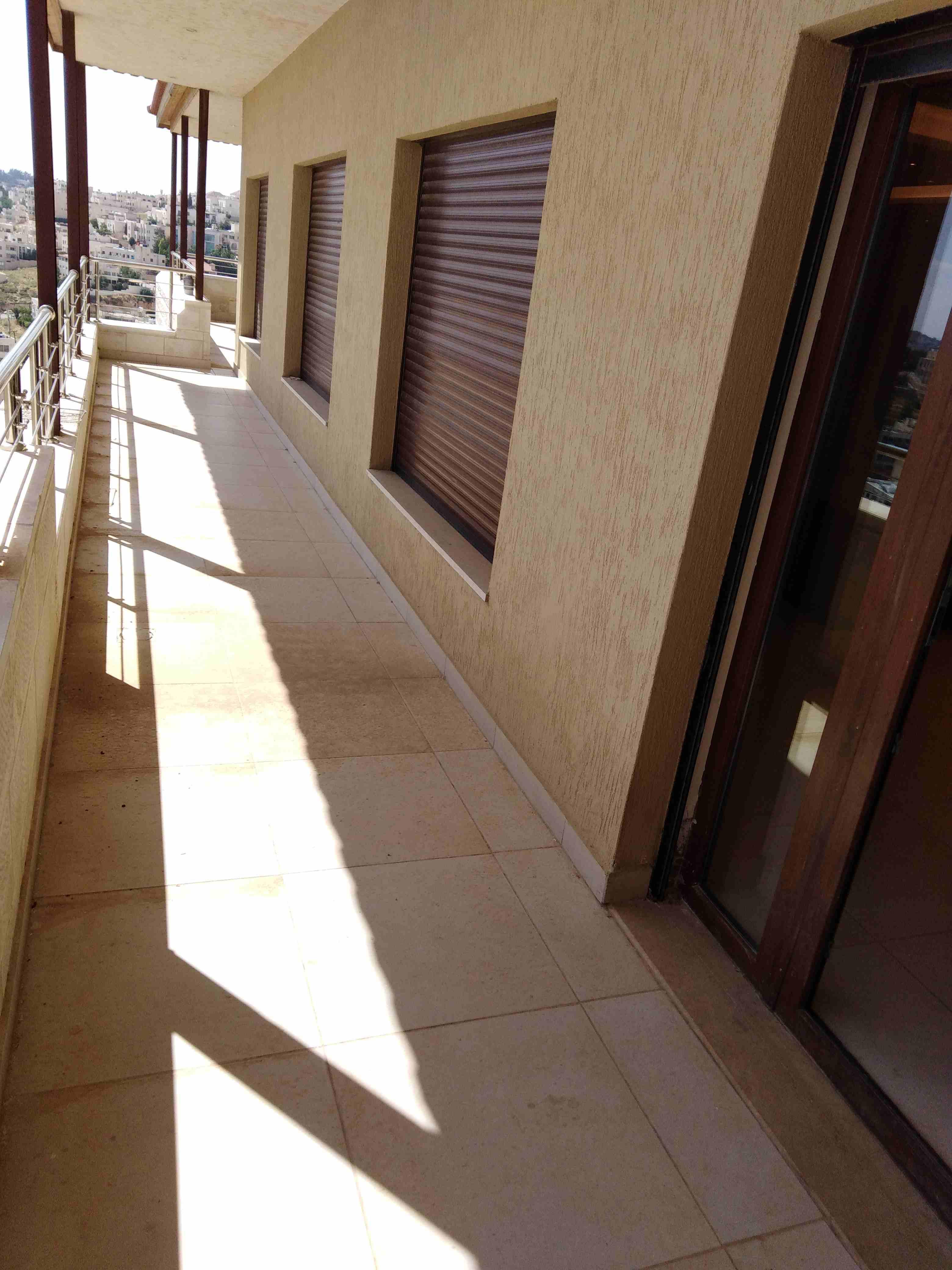 Largest Balcony | Boulevard View | City Walk-  رووف فارغ للايجار في خلدا...
