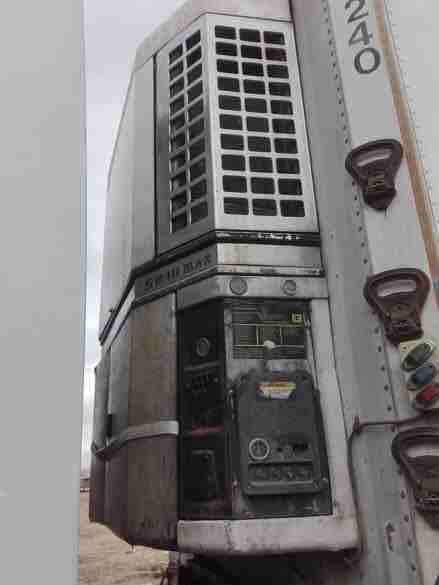 تريلا براد نظام أمريكي موديل ١٩٩٧ الطول ١٣م . الارتفاع ٢.٥ م .....
