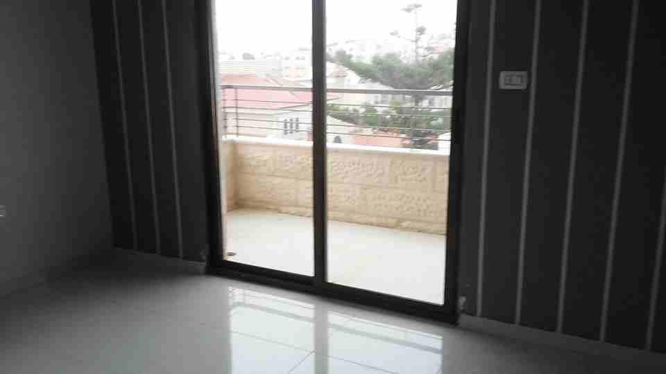 شقة غرفة وصاله للبيع بالقسط بعرض مميز-  الأردن   عمّان شقة للبيع...