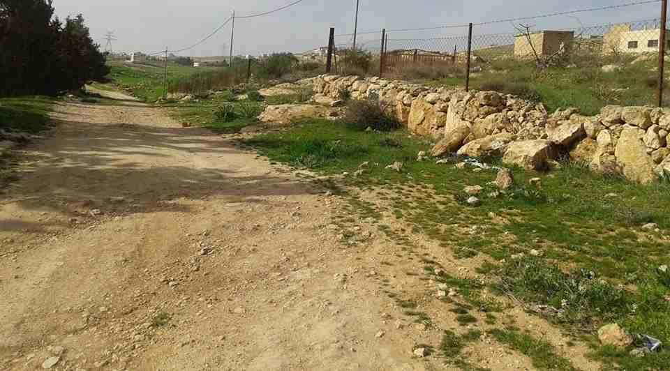 الأردن - عمان  قطعة ارض في زينات الربوع - خلف ترخيص شفا بدران...