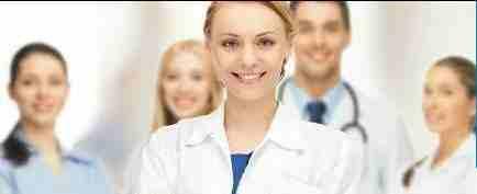 توفير تمريض مقيم بالمستشفيات و المنازل توفير زيارات تمريضيه لعمل...