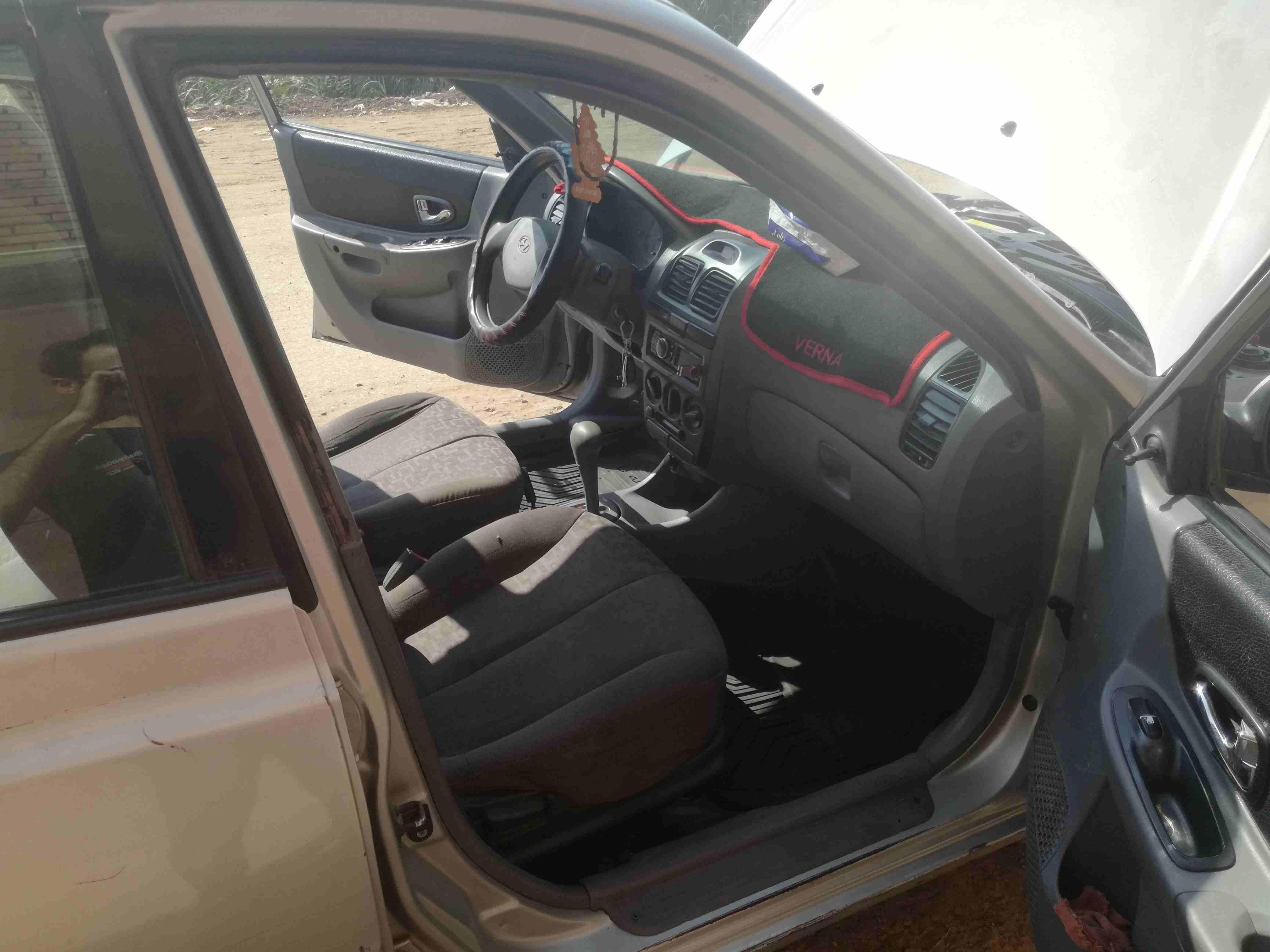 سيارة فيرنا اتومتك 2009كامله  الاستعلام :01552395681