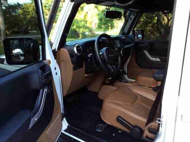 2013 Jeep Wrangler Unlimited Rubicon for sale , it is still very...