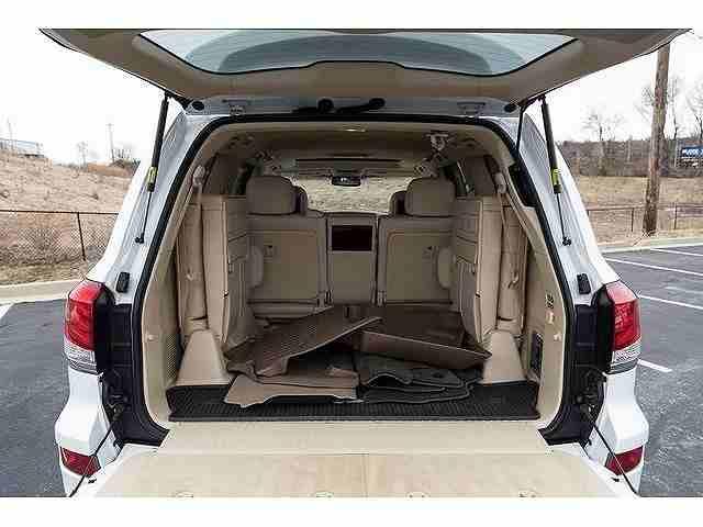 سيارات-للبيعI want to sell my 2015 Lexus LX 570 4WD 4dr, i am moving out of the...