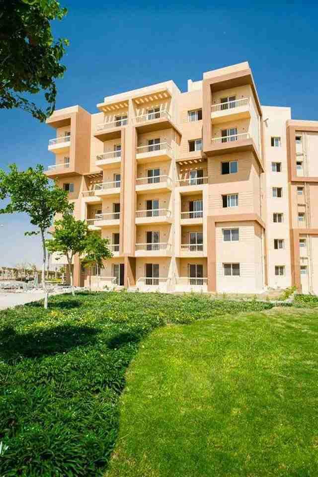 شقة 85م بسعر مميز في كومبوند راقي بحدائق أكتوبر لمزيد من التفاصيل...