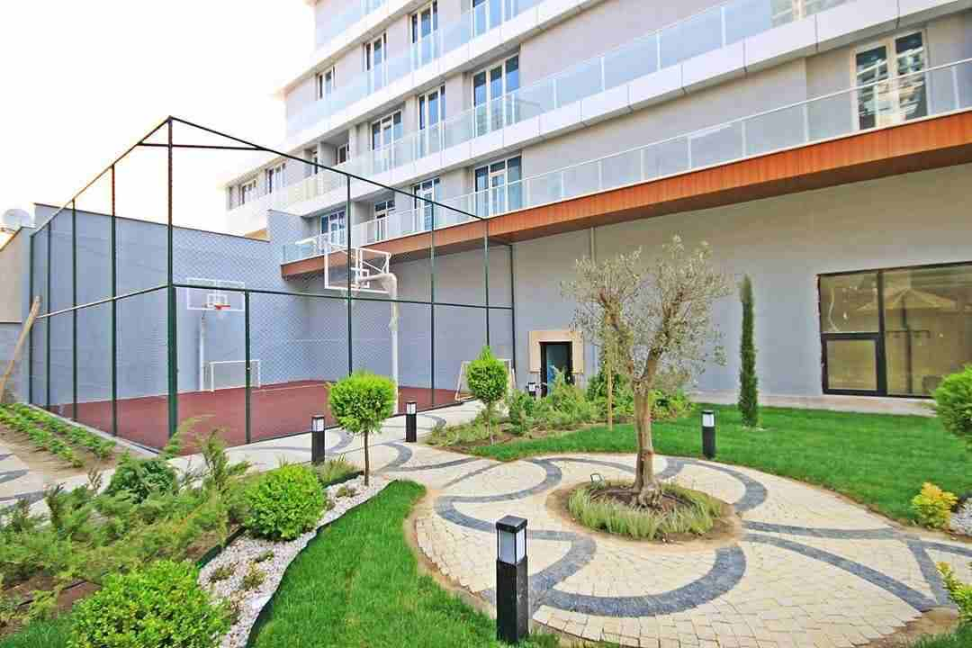 يقع المشروع في منطقة إسنيورت بالجانب الأوروبي من مدينة إسطنبول....