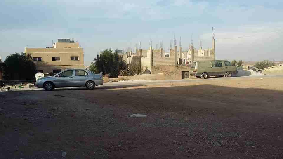الأردن - عمان  ارض للبيع في الخشافية/ اللوزية الجنوبية - تبعد 1.9كم...