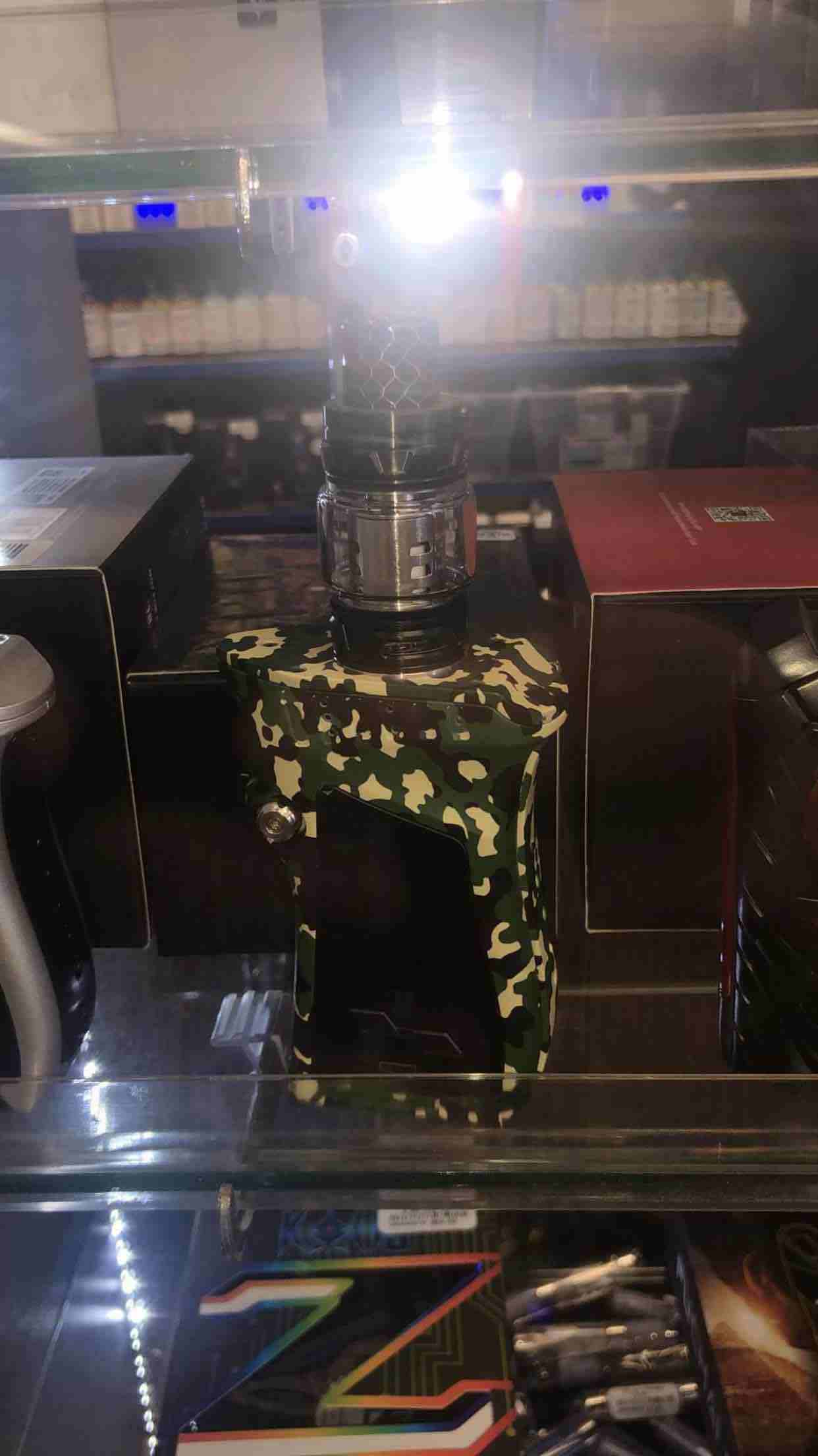 Vipe  mag kit (smoke) New collection  لون جيشي لا يوجد منها داخل...
