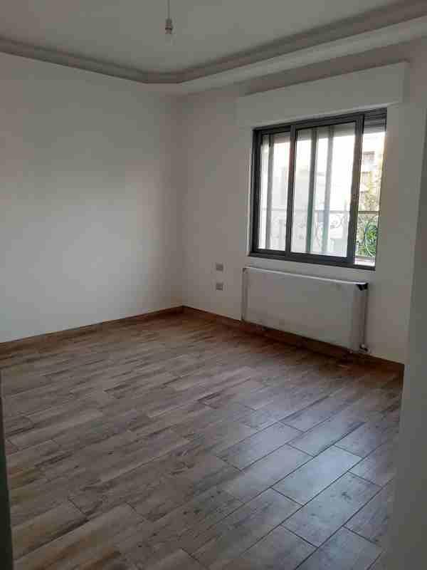 شقة أرضية للبيع فى ام السماق الشمالى 4نوم مدخل مستقل جديدة بسعر...