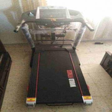 - جهاز مشي كهربائي +قشاط لتكسير الدهون كهربائي + معده مستعمل مده...