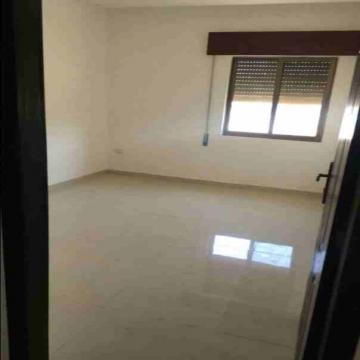 - شقة للبيع  منطقة ضاحية الحج حسن  مساحة 145 م  دفعة أولى 10000...