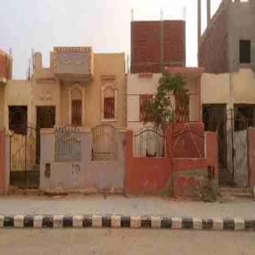 - منزلين متجاورين للبيع يمكن فتحهم علي بعض مساحة الواحد ١٥٠ متر...