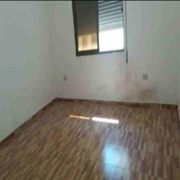- شقة للبيع  منطقة طبربور مساحة 120 م دفعة أولى 10000 دينار...