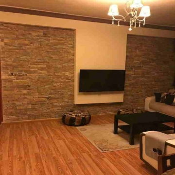 - شقة للبيع  منطقة البيادر مساحة 111 م دفعه أولى 10000 دينار اقساط...