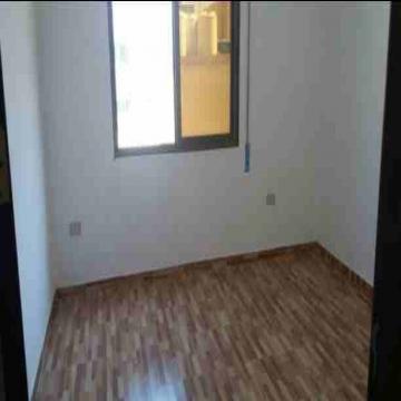 - شقة للبيع منطقة طبربور  مساحة 120 م دفعة أولى 10000 دينار اقساط...