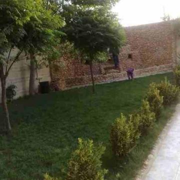 - منزل اربع طوابق  كل طابق ٢٠٠م للبيع في عمان المقابلين خلف شارع...