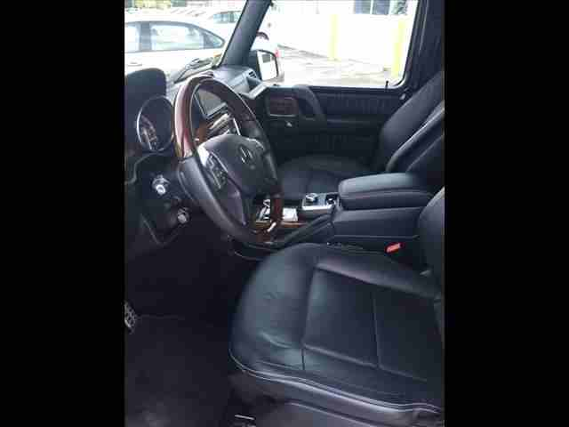 Mercedes CLK280-V6-2006-GCC-  I want to sell my Neatly...