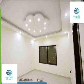 - شقة مميزة للبيع  منطقة طبربور مساحة 120 م دفعه أولى 10000 دينار...