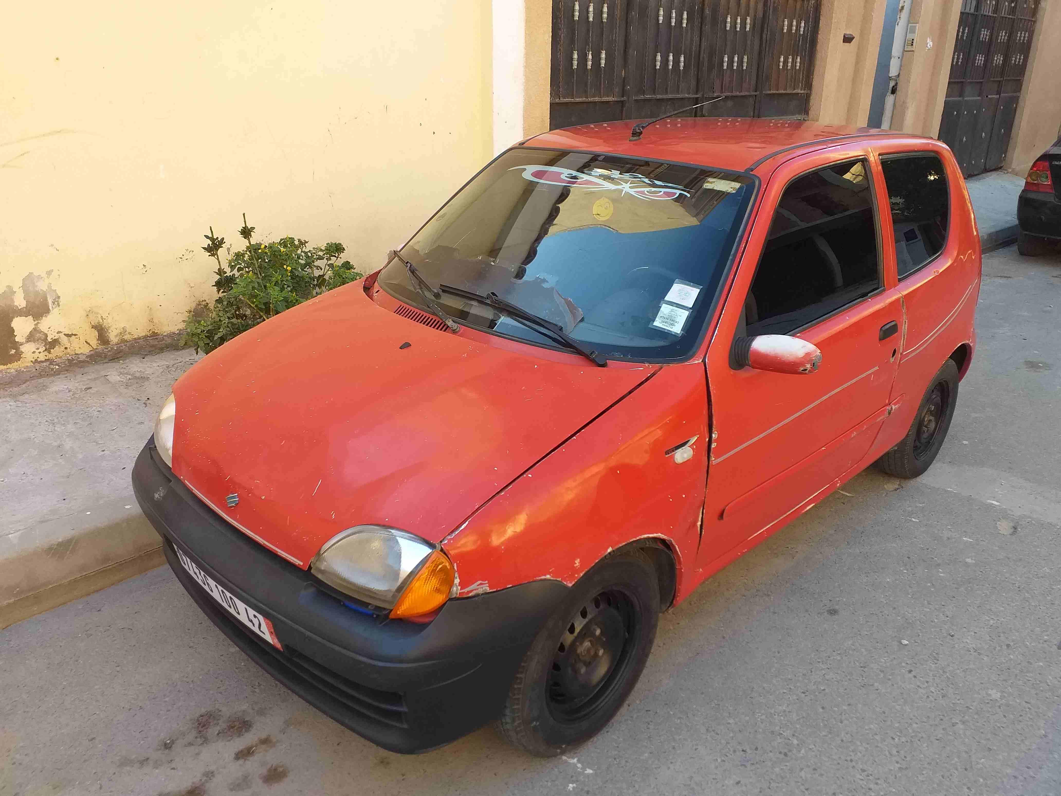 Fiat Seicento 2000 Kolchi m3awad djdiid w sajaj 9afla w Kolchi...