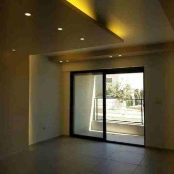 - شقة للبيع  الياسمين  مساحة 130 م دفعه أولى 10000 دينار قسط شهري...