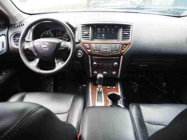 هيونداي كونا 2.0L Limited 2019 مستعملة-  2017 Nissan Pathfinder...