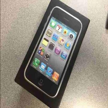 - تاني اصدار اي فون 3Gs 8GB تصميم شيك شبكه قويه صوت نقي و جديد...