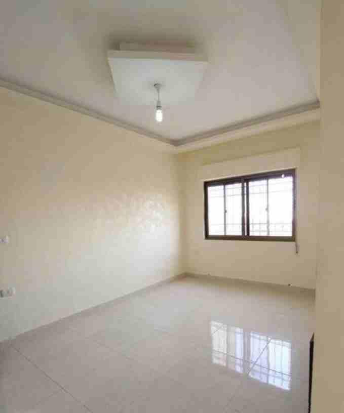 Amazing 1BHK Furnished in 3000 Only with Wi-Fi-  شقة للبيع منطقة ضاحية...