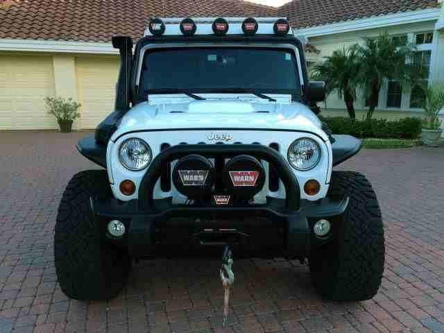 سيارات-للبيع2013 Jeep Wrangler Unlimited Rubicon for sale , it is still very...