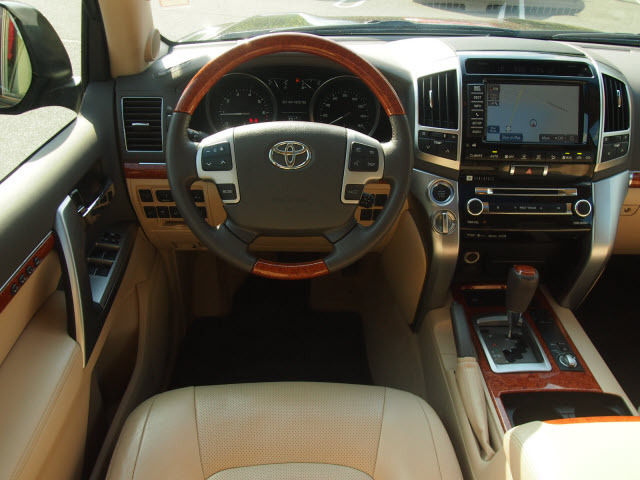 2018Lexus LX 570SUV73,000 AEDGcc specs export . Full options .Excellent 1 user condition .Warranty - Lexus WhatsApp/mobili +15084612437I-  2013 Toyota Land Cruiser...