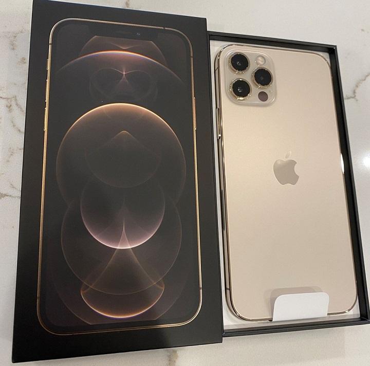موبايلApple iPhone 12 Pro 128GB = $700USD,Apple iPhone 12 Pro...
