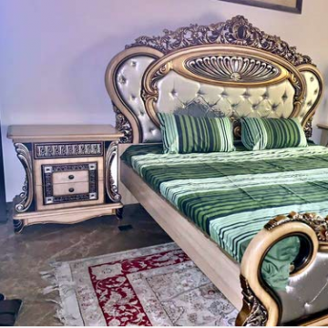 Furniture buyer in Dubai- - we are buying uesd Furniture home appliances and electronics...