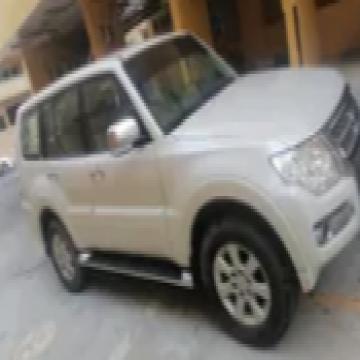 ميتسوبيشي باجيرو 2017 مستعملة- - سنة الصنع 2017 الموقع دبي السيارة تم قيادتها 48,200 ناقل...
