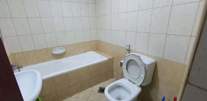 للايجار شقة غرفة وصالة في معسكر ال نهيان شارع الدفاع-  It is a fully furnished...