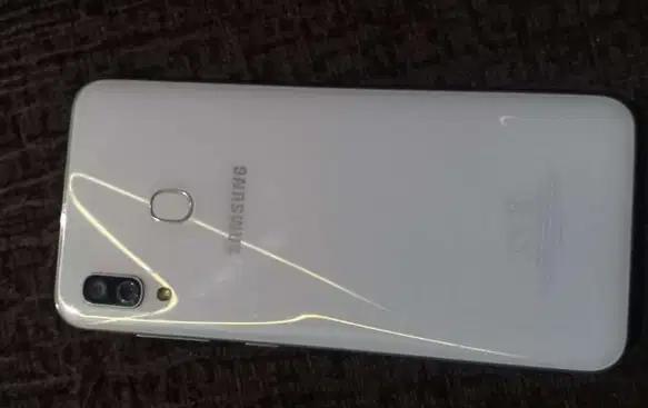 iphone x 256gb-  سامسونجA30