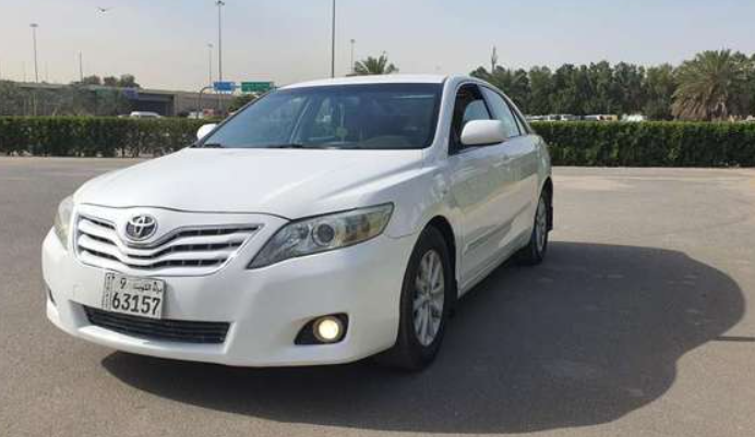 I want to sell my 2015 Lexus LX 570 4WD 4dr, i am moving out of the country, No mechanical Fault, No accident, Single Owner, contact me for more details:Callrob-  Toyota camry glx 2011...