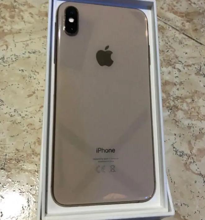 Apple iPhone 8Plus iPhone x iPhone xs iPhone xs maxApple iPhone 7plus $ 200Apple iPhone 8 $ 250Apple iPhone 8plus $ 300Apple iPhone x $ 400Apple iPhone xs $ 450-  ايفون اكس اس ماكس اللون...