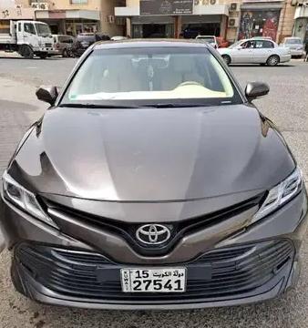 تويوتا كورولا 2017 مستعملة-  Toyota camry for urgent...
