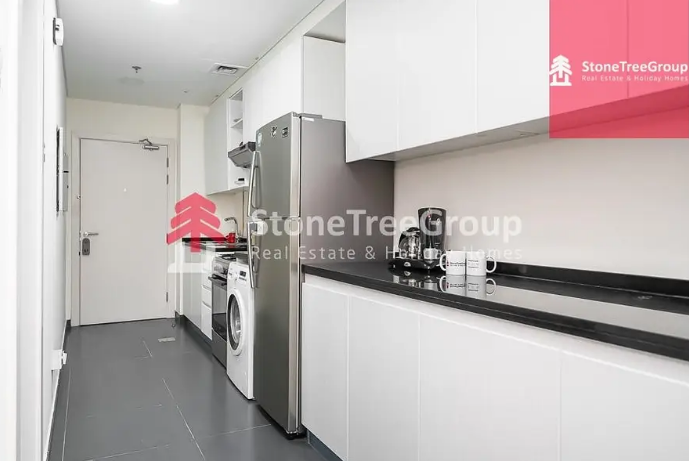 Furnished apartment for rent in Majestic Towers-  NO COMMISSION applies to...