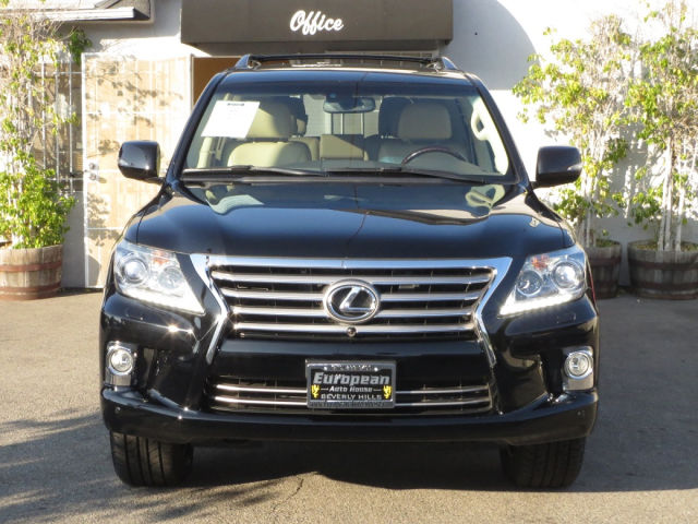 For sale Mercedes Benz GLK 350 4Matic 2015 Neat & clean interior and exterior)Regular maintained, No accident history, Split-bench Third row seatsDual AC wi-  For Sale neatly used 2013...