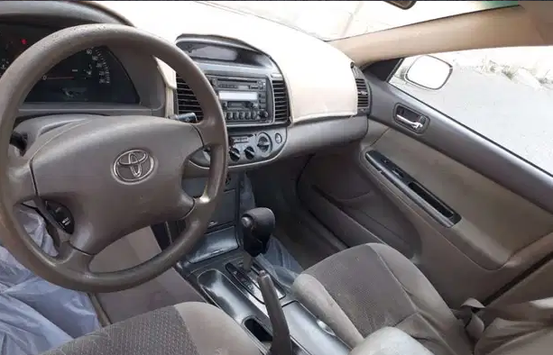 Lexus Rx 350 SUV 2018 GCC is very clean like brand new with warranty,Red 2018 model, This car has automatic transmission.GCC specs.CONTACT EMAIL: Mrharry1931@gm-  للبيع كامري 2005 شرط الفحص