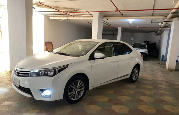 Lexus Rx 350 SUV 2018 GCC is very clean like brand new with warranty,Red 2018 model, This car has automatic transmission.GCC specs.CONTACT EMAIL: Mrharry1931@gm-  الجوف سكاكا كورولا 2014...