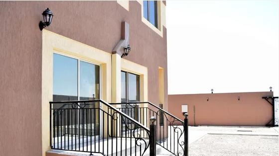فيلا 4 غرف للبيع في الشارقة-  للبيع فلل سكنية في إمارة...